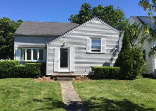 Pre Foreclosure in Rochester 14616 ROSECROFT DR - Property ID: 1663891853