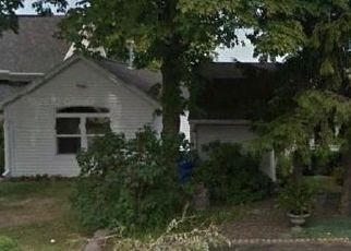 Pre Foreclosure in Rochester 14612 EDGEMERE DR - Property ID: 1663895347