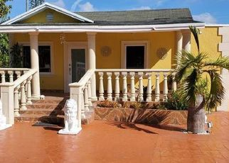 Pre Foreclosure in Miami 33167 NW 114TH ST - Property ID: 1664061338