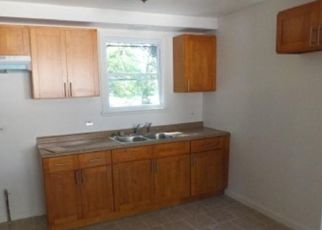 Pre Foreclosure in Chicago 60643 W 109TH ST - Property ID: 1664177401
