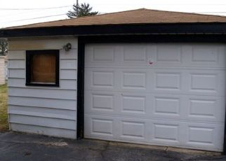 Pre Foreclosure in Calumet City 60409 PRICE AVE - Property ID: 1664183986