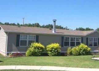 Pre Foreclosure in Elizabethtown 42701 PREAKNESS DR - Property ID: 1664198428