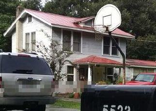Pre Foreclosure in Jacksonville 32207 CRUZ RD - Property ID: 1664303543