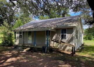 Pre Foreclosure in Live Oak 32060 217TH RD - Property ID: 1664498889