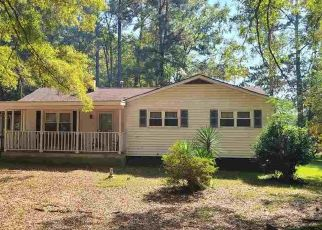 Pre Foreclosure in Garner 27529 OLD CASCADE DR - Property ID: 1664910121