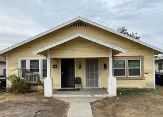 Pre Foreclosure in Corcoran 93212 HALL AVE - Property ID: 1665004291