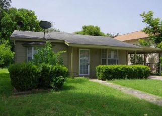 Pre Foreclosure in San Antonio 78225 DIVISION AVE - Property ID: 1665016113