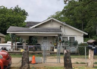 Pre Foreclosure in Dallas 75211 N DWIGHT AVE - Property ID: 1665078312