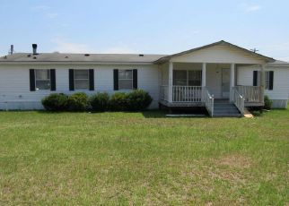 Pre Foreclosure in Gaston 29053 OLD SCOUT CT - Property ID: 1665178165