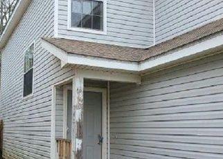 Pre Foreclosure in Milton 32570 VICTORIA DR - Property ID: 1665269266