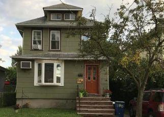 Pre Foreclosure in Staten Island 10302 HATFIELD PL - Property ID: 1665307369