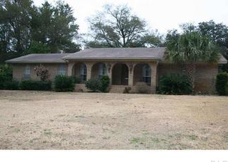 Pre Foreclosure in Pensacola 32503 FLEANCE DR - Property ID: 1665381387