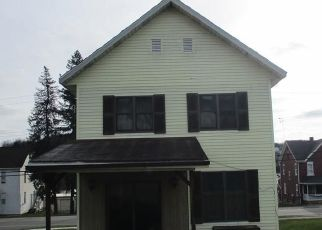 Pre Foreclosure in Hastings 16646 BEAVER ST - Property ID: 1665394531