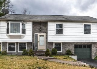 Pre Foreclosure in Middletown 10940 MAPLE DR - Property ID: 1665431319