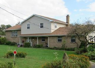 Pre Foreclosure in Slatington 18080 MOUNTAIN RD - Property ID: 1665635870