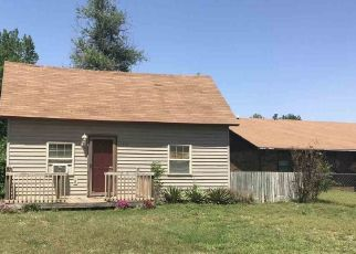 Pre Foreclosure in Enid 73703 W PINE AVE - Property ID: 1665710758