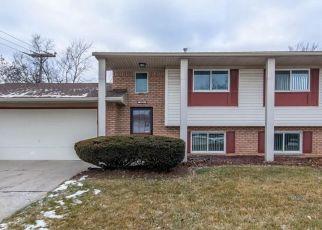 Pre Foreclosure in Auburn Hills 48326 OLD SALEM RD - Property ID: 1665833380