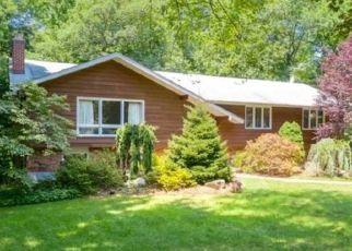 Pre Foreclosure in Alpine 07620 ALLISON RD - Property ID: 1666012517