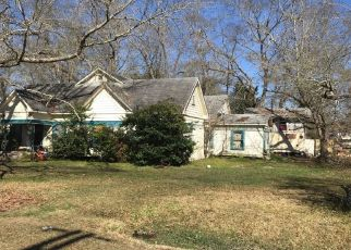 Pre Foreclosure in Kirbyville 75956 W DREW ST - Property ID: 1666382608