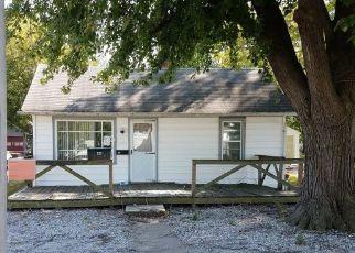 Pre Foreclosure in Sullivan 47882 W THOMAS ST - Property ID: 1666435151