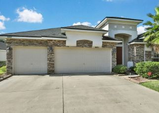 Pre Foreclosure in Jacksonville 32258 COURTNEY CREST LN - Property ID: 1666565678