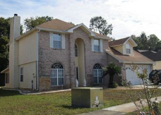 Pre Foreclosure in Jacksonville 32277 SHAUNA OAKS CIR E - Property ID: 1666603335