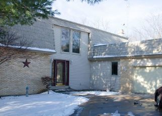 Pre Foreclosure in Macomb 61455 SHOREWOOD DR - Property ID: 1666667278