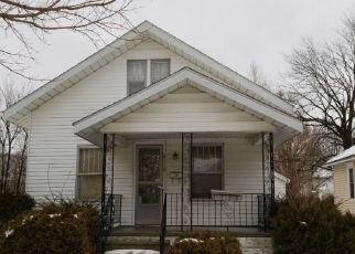 Pre Foreclosure in Elkhart 46517 MOREHOUSE AVE - Property ID: 1666698825