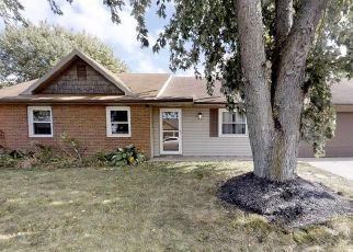 Pre Foreclosure in Muncie 47304 N LYN MAR DR - Property ID: 1666714590
