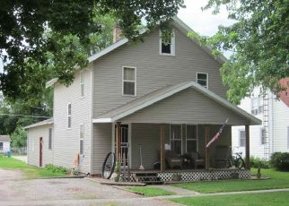 Pre Foreclosure in Mason City 62664 N TONICA ST - Property ID: 1666785989
