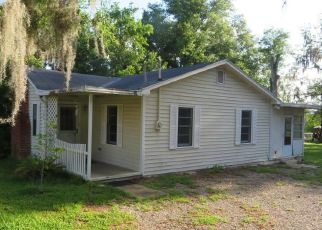 Pre Foreclosure in Green Cove Springs 32043 PEARL ST - Property ID: 1666865242