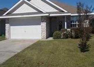 Pre Foreclosure in Cantonment 32533 BUR OAK DR - Property ID: 1667144230