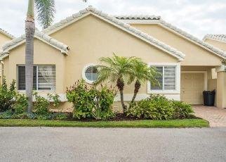 Pre Foreclosure in Bonita Springs 34134 CARMEL WAY - Property ID: 1667350974
