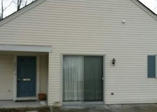 Pre Foreclosure in Monroe Township 08831 MARBLEHEAD LN - Property ID: 1667378107