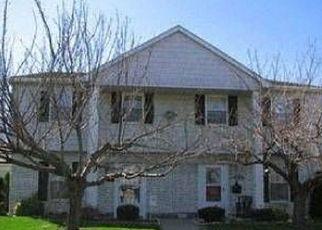 Pre Foreclosure in Westland 48185 CAROLON BLVD - Property ID: 1667502500