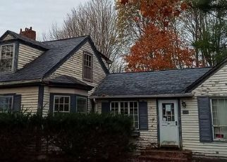 Pre Foreclosure in Waldoboro 04572 OLD AUGUSTA RD - Property ID: 1667602355