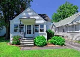 Pre Foreclosure in Albany 12205 MAPLEWOOD AVE - Property ID: 1667608492