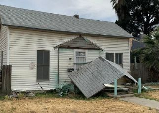 Pre Foreclosure in Hanford 93230 CENTRAL AVE - Property ID: 1667622957