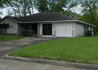 Pre Foreclosure in Houston 77016 REBEL RD - Property ID: 1667625124