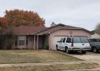 Pre Foreclosure in Grand Prairie 75052 BERKSHIRE LN - Property ID: 1667696975