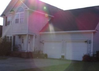 Pre Foreclosure in Fayetteville 28306 LAURELWOOD PL - Property ID: 1667846308