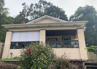 Pre Foreclosure in Beaver Falls 15010 2ND AVE E - Property ID: 1668019306