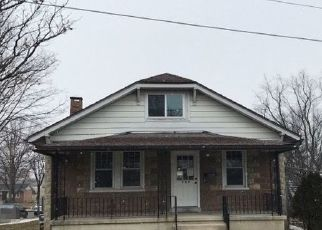 Pre Foreclosure in Reading 19610 DOUGLASS ST - Property ID: 1668135820