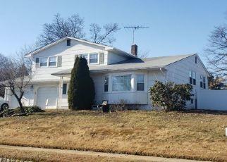 Pre Foreclosure in Sayreville 08872 ZALESKI DR - Property ID: 1668139760