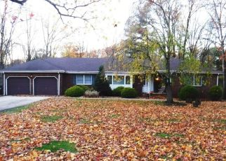 Pre Foreclosure in North Brunswick 08902 LINDER AVE - Property ID: 1668140634