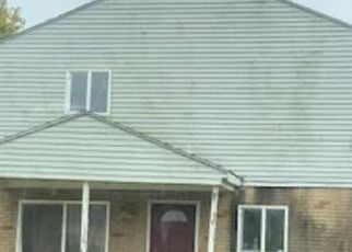 Pre Foreclosure in Columbus 43207 RUMSEY RD - Property ID: 1668237419