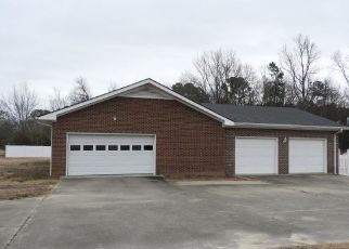 Pre Foreclosure in Goldsboro 27530 SUNFLOWER DR - Property ID: 1668321518