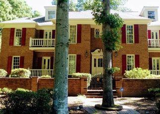 Pre Foreclosure in Greensboro 27408 WILLOUGHBY BLVD - Property ID: 1668327651