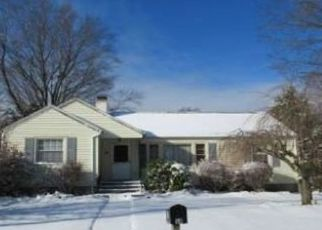 Pre Foreclosure in Trumbull 06611 CLEMENS AVE - Property ID: 1668433188