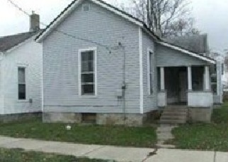 Pre Foreclosure in Shelbyville 46176 E SOUTH ST - Property ID: 1668843129